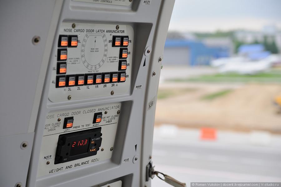 Боинг 747-8F